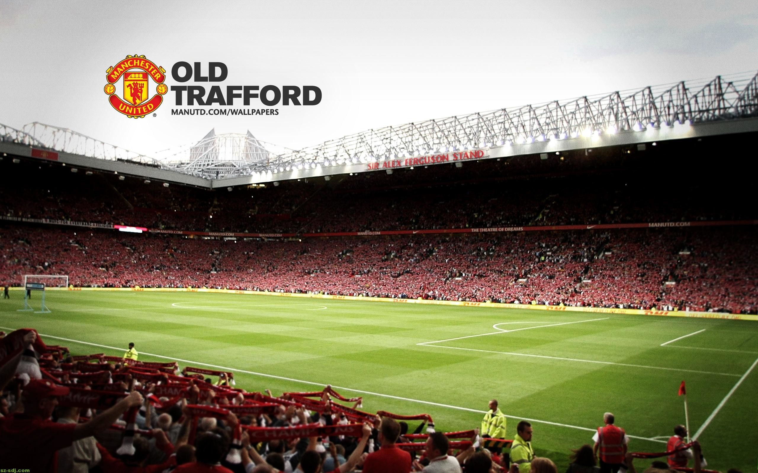 Res 2560x1600 Manchester United Backgrounds Manchester United Wallpaper Old Trafford Manchester United Logo