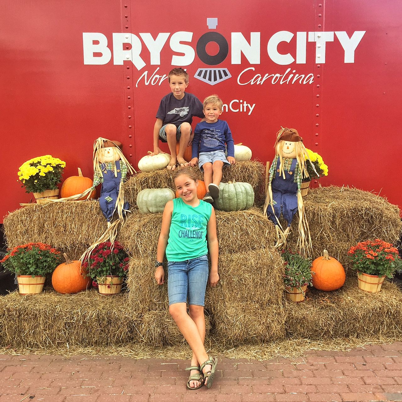 Living a simple, creative life in small town USA. Bryson City. A Lifestyle Blog.