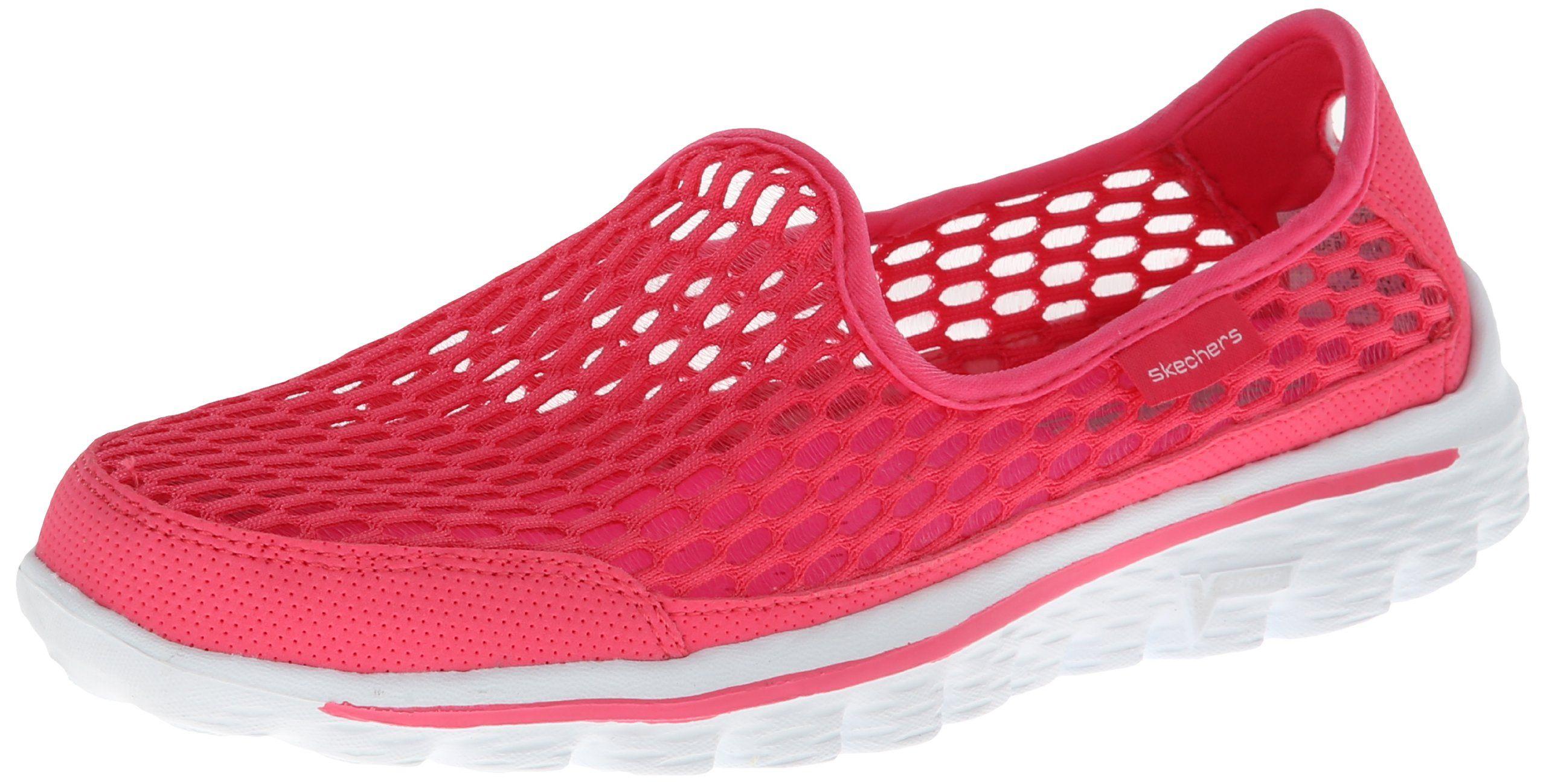 Contribuyente Descubrimiento Pescador  Amazon.com: Skechers Women's Go Walk 2 Super Breathe Walking Shoe: Shoes |  Skechers, Skechers women, Skechers performance