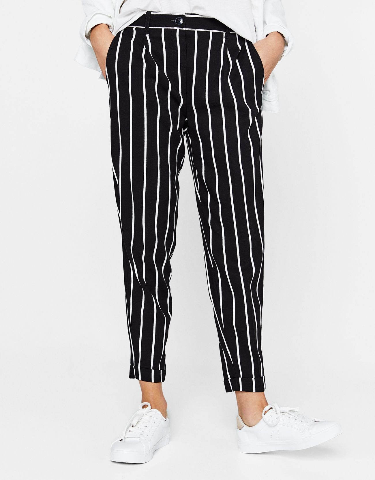 Tailored Pleated Jogging Trousers Discover This And Many More Items In Bershka With New Products Every Week Clothes Outfit Inspiration Women Trousers