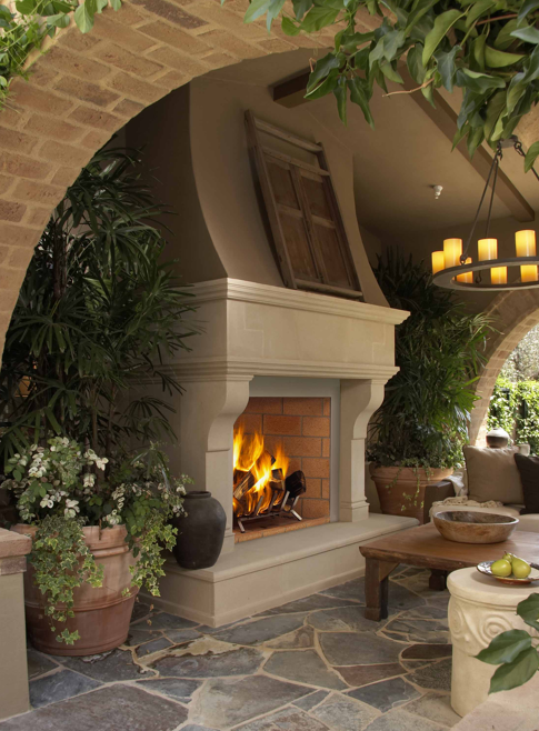 Outdoor fireplace-very cool