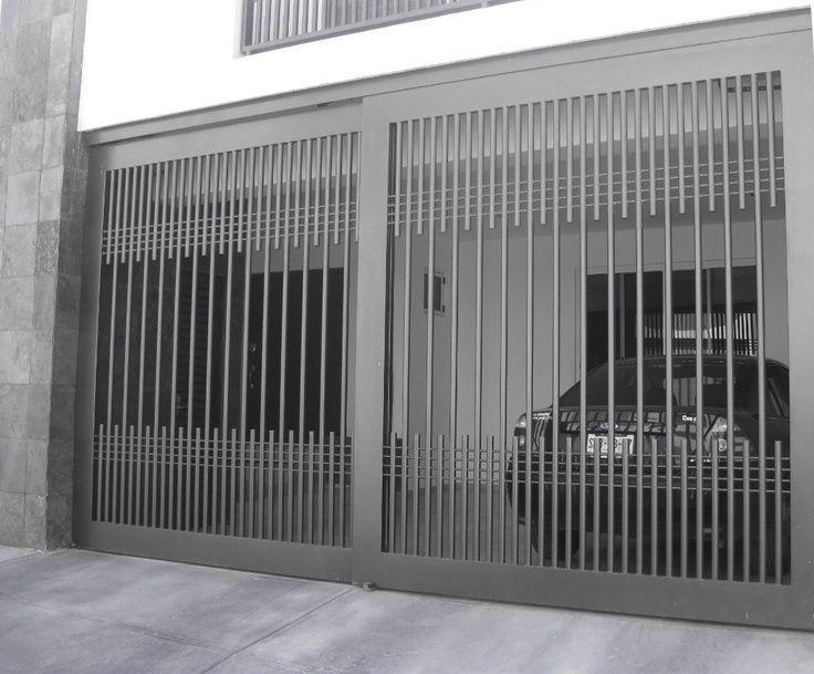 Resultado de imagen para antejardines de casas modernas en for Puertas para casas modernas
