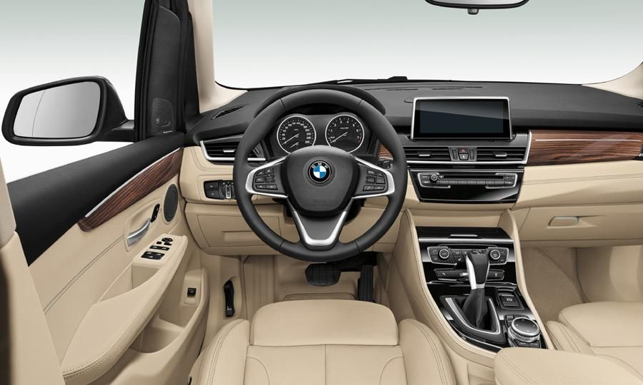 Bmw Goes Front Wheel Drive For The 2 Series Active Tourer Bmw 2 Bmw Automobile