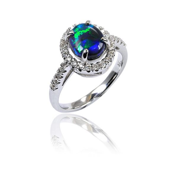 australian engagement opal rings beauty in your finger - Black Opal Wedding Rings