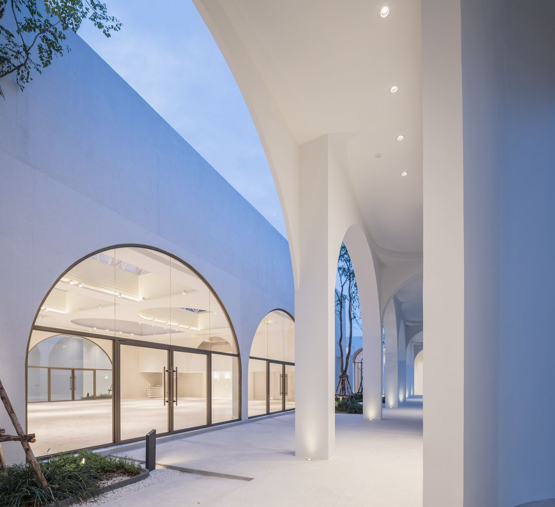 Gallery Of Aube Wedding Venue Phtaa Living Design 19 Living Design Architecture Amazing Architecture