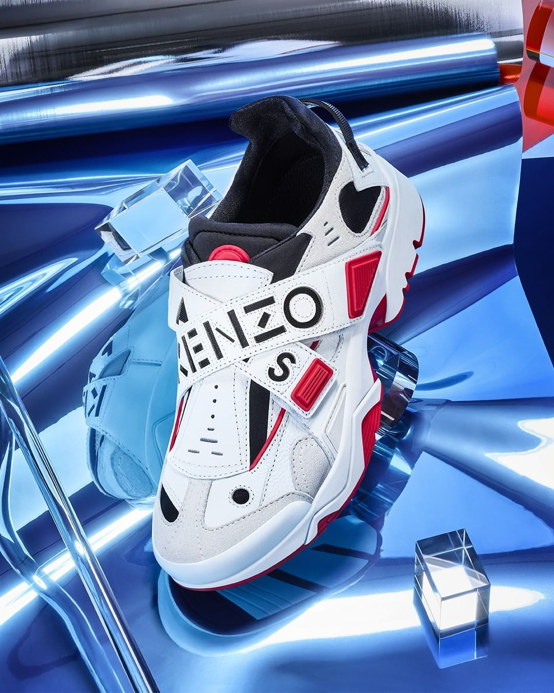 """d51ca210069 KENZO on Instagram  """"Tap to get the velcro version of the SONIC. 👟   KENZOSS19"""""""