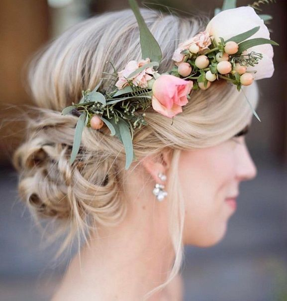 Wedding Hairstyle Jura: Loose Tousled Updo Adorned With Florals Wedding Hairstyle