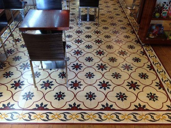 Mosaico art stico archives mosaicos hidraulicos torra for Baldosas para pisos interiores