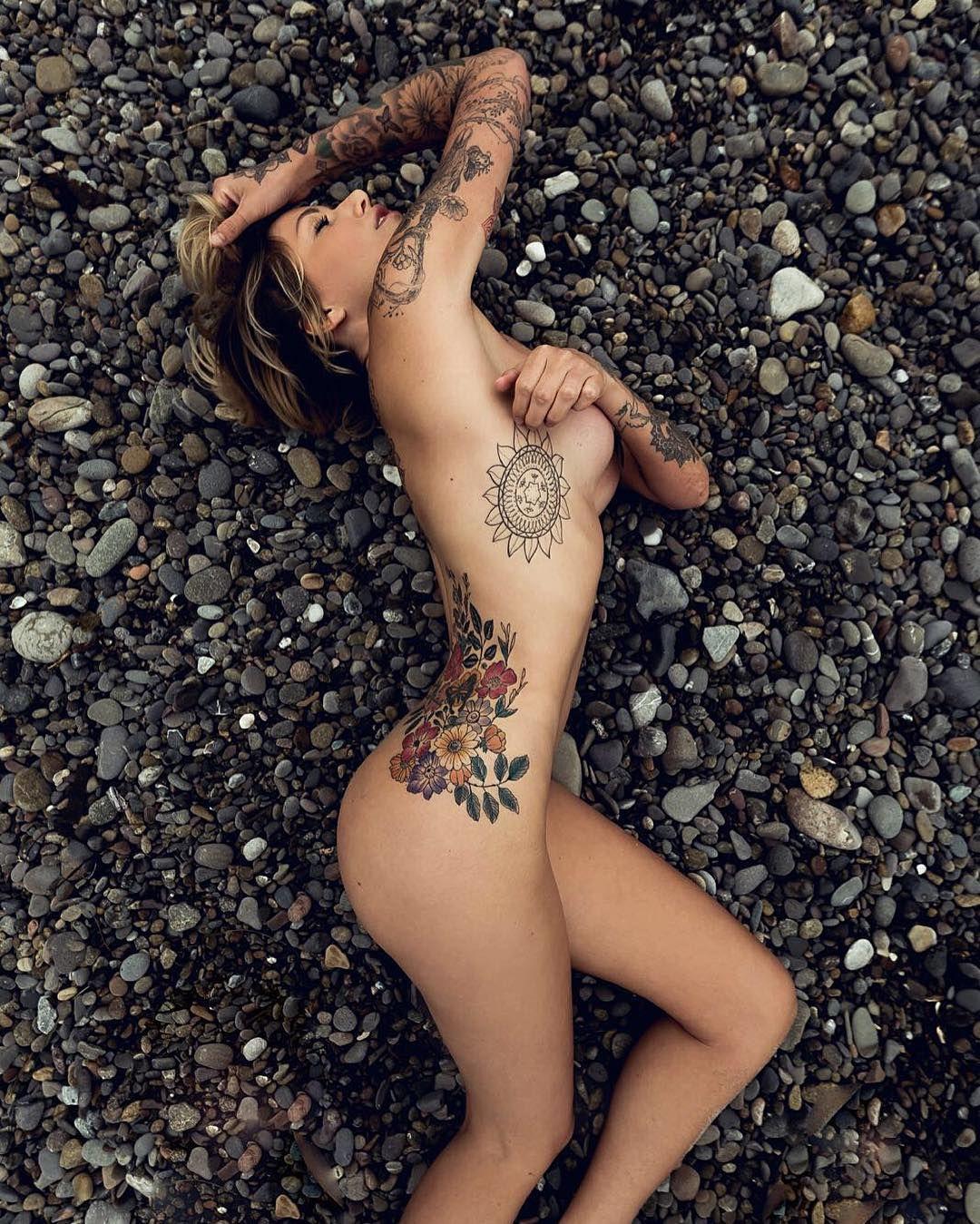 Sideboobs Tina Louise nudes (87 foto and video), Ass, Cleavage, Selfie, cleavage 2015