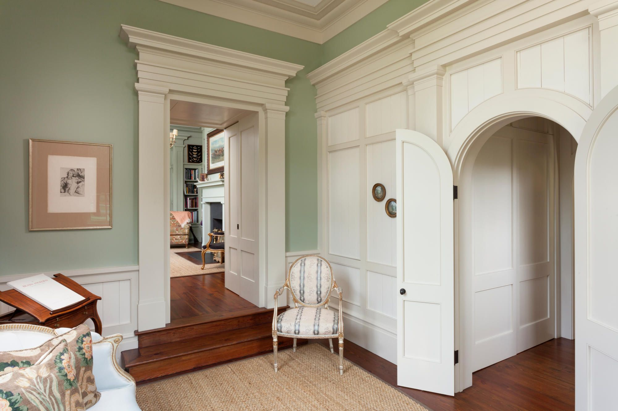 A Greek Revival Home with Southern Charm Greek revival