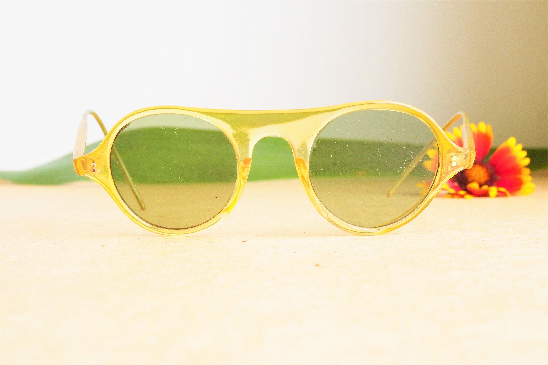 Vintage Eyeglass 1960s glasses/Frames /Eyeglasses/Hipster