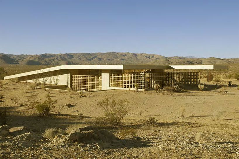 Perfect Los Angeles Based Architect Robert Stone Designed Acido Dorado, A Gold House  That Is A Mirage In A Southern California Desert. This Abstract House  Features Amazing Pictures
