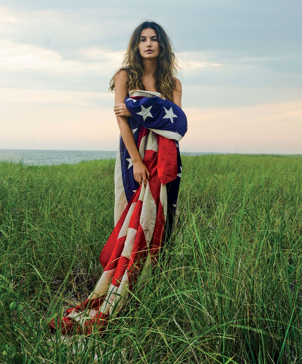 American Beauty, Patriotic Fashion, Lily
