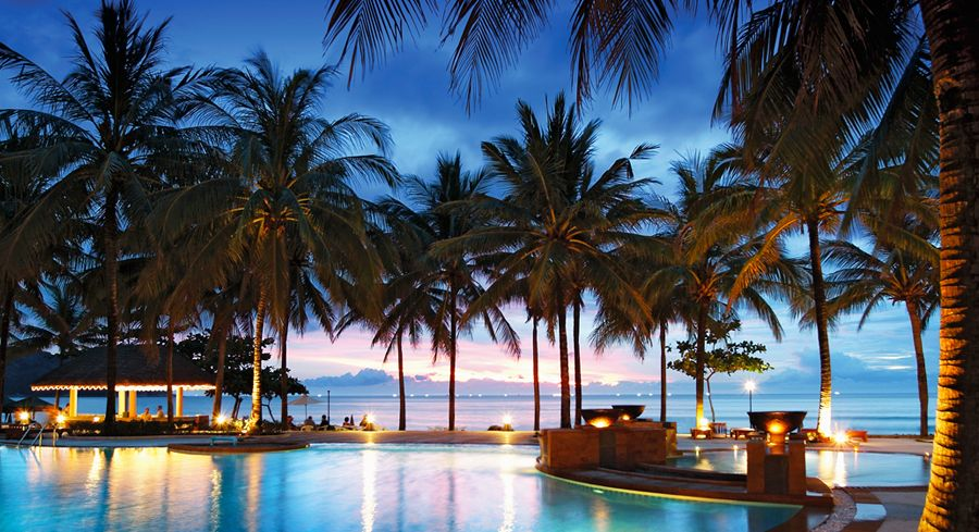 The Katathani Phuket Beach Resort In Thailand Is So Beautiful And Relaxing It Was Just What We Needed Luxury Beach Resorts Phuket Resorts Beach Resorts