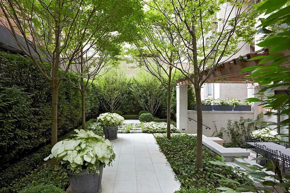 Edmund Hollander Landscape Architects   Award-Winning City Courtyard
