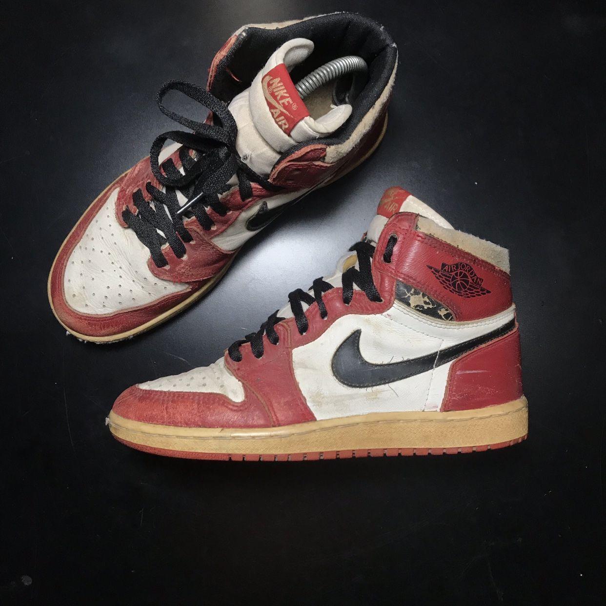 """????Nike Air Jordan 1 """"Chicago"""" OG 1985 Vintage???? . Sole... - Depop ..."""