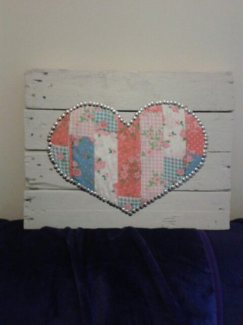 Love heart. Pallet wall decoration.