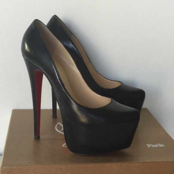 christian louboutin size 39.5 in us