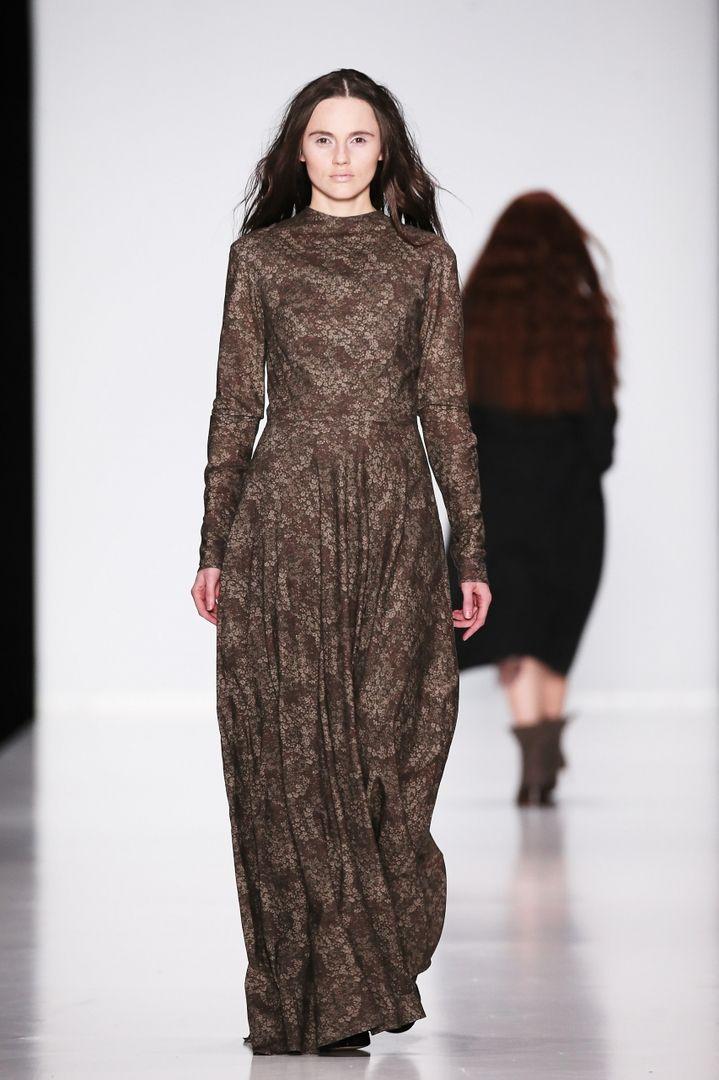 Платья с длинным рукавом 60 фото