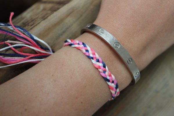 b09528d0bccf DIY Friendship Bracelets: 5 Strand Braid. | friendship bracelets ...