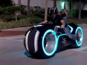 E Tron Lightcycle Chic Electric Bike Will Soon Be On The Road