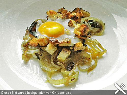 Türkische Spiegeleier, ein sehr schönes Rezept aus der Kategorie Eierspeise. Bewertungen: 40. Durchschnitt: Ø 4,1.