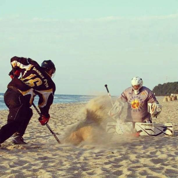 summer hockey ;) | Ice hockey, Hockey goalie, Flyers hockey