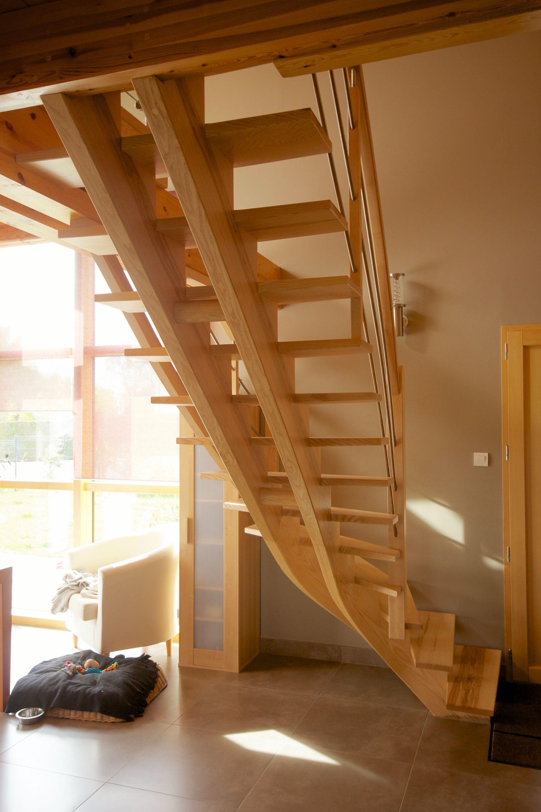 Escalier Un Quart Tournant En Frene A Double Limons Courbes