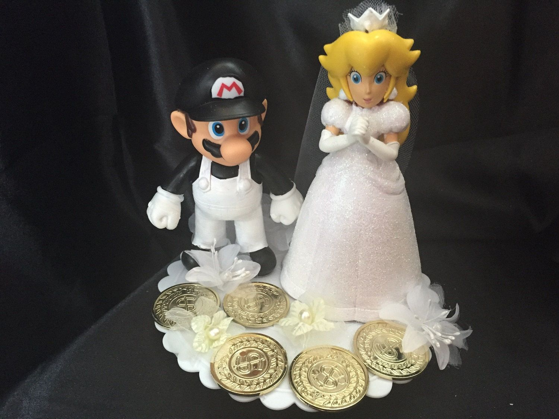 Mario And Peach Wedding Cake Topper In 2020 Wedding Cake