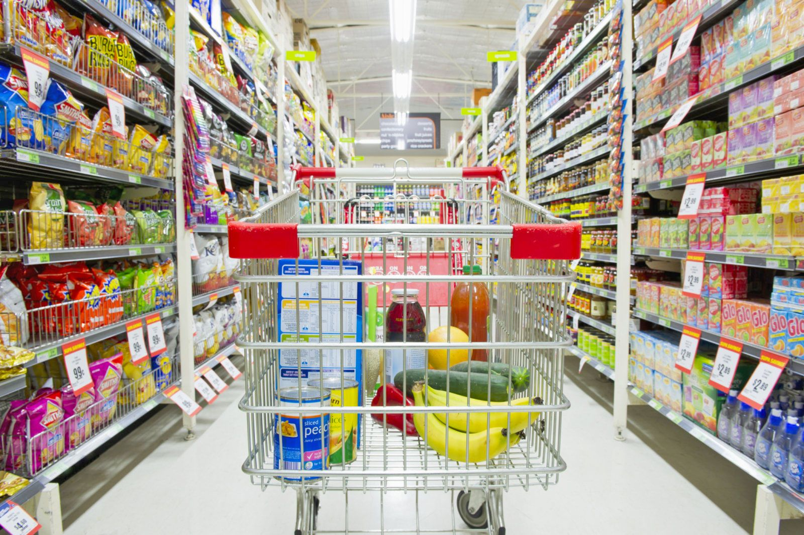 Amazon S Next Retail Outlets Are Drive Up Grocery Stores Engadget Grocery Store Grocery Retail Outlet