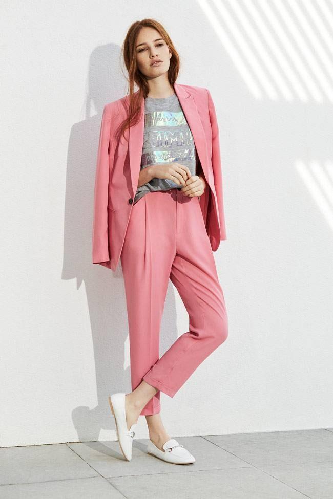 traje mujer rosa | Ideas | Pinterest | Ropa de oficina, Trajes mujer ...