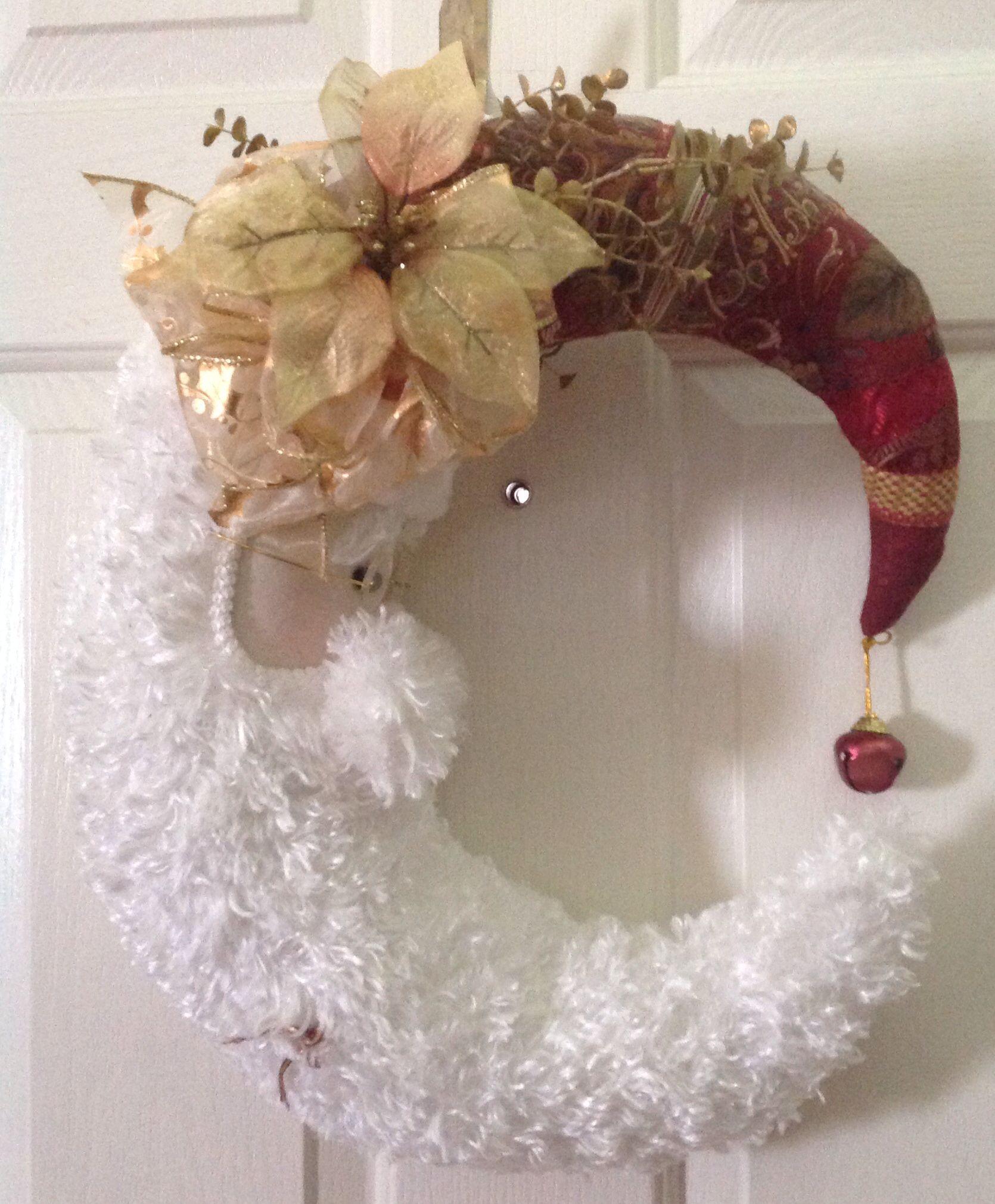 My moon shaped Santa wreath Things I ve made