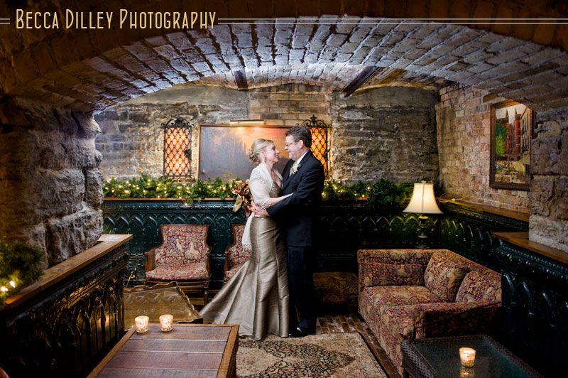 WA Frost Winter Wedding – St Paul MN