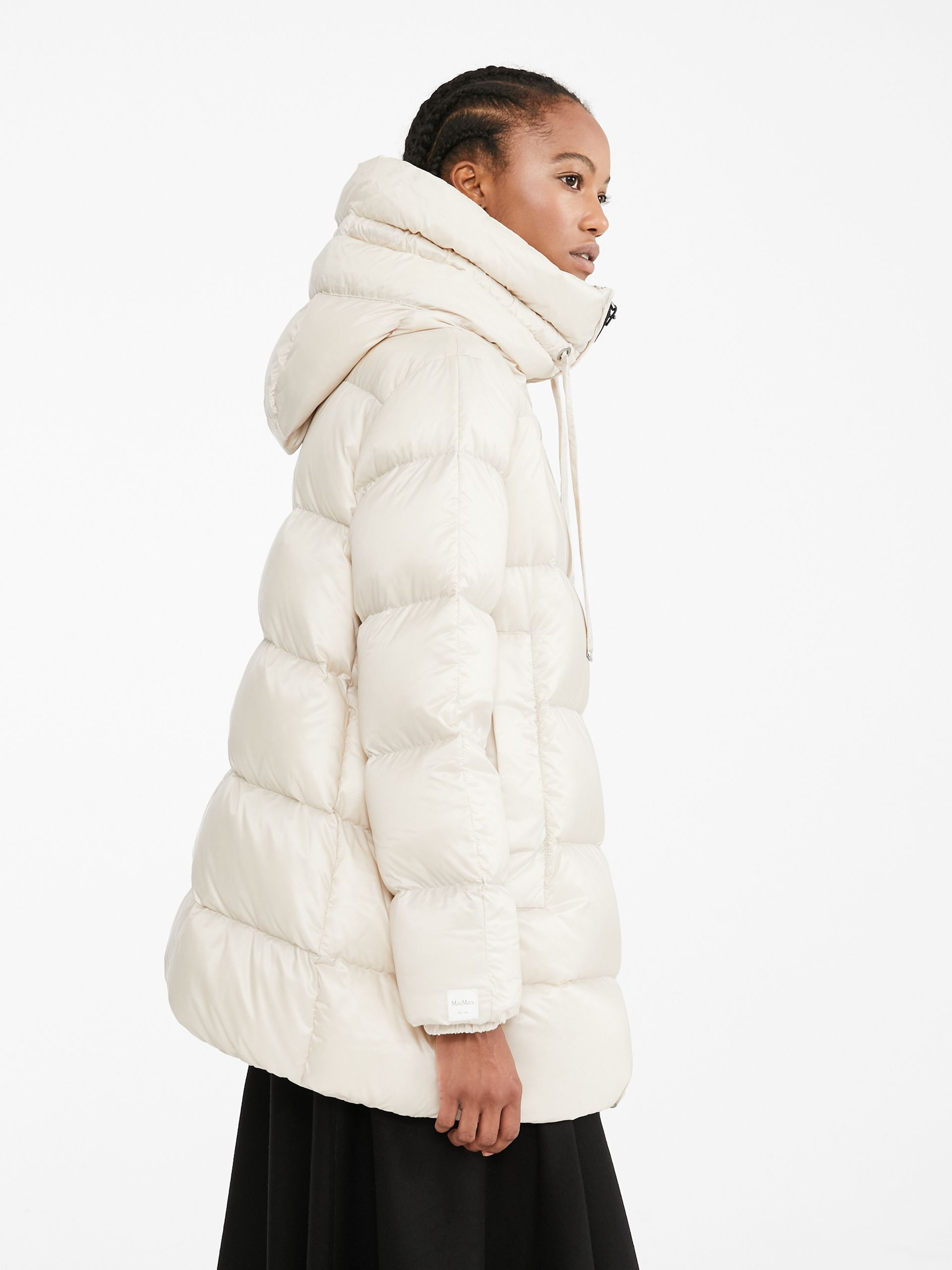 Water Resistant Fabric Down Jacket Sand Seicar Max Mara Max Mara Down Jacket Water Resistant Fabric [ 2560 x 1920 Pixel ]