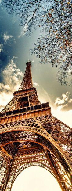 Beautiful Eiffel Tower, Paris.