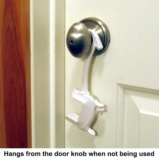 Amazon.com : Door Monkey, Childproof Door Lock & Pinch Guard ...