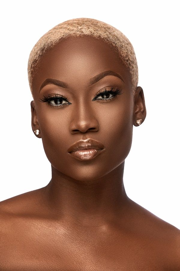 Lure Beauty Lashes Releases Stunning Campaign Dark Skin Blonde Hair Blonde Natural Hair Short Natural Hair Styles