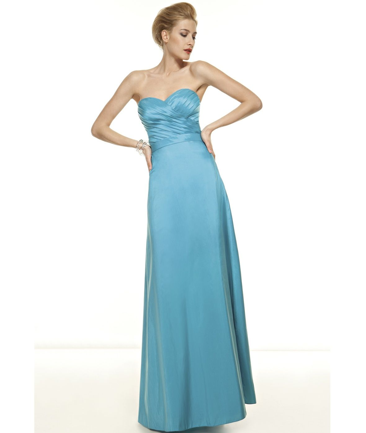 robe de demoiselle d 39 honneur mod le pm93 demetrios robe longue bustier bleu ciel mariage. Black Bedroom Furniture Sets. Home Design Ideas