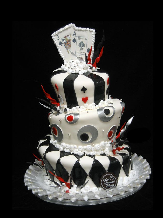 A Las Vegas Themed Wedding Cake Is Always Big Hit For Sin City Nuptials Freeds Bakery Has An Extensive Selection You To Make The Day Perfect