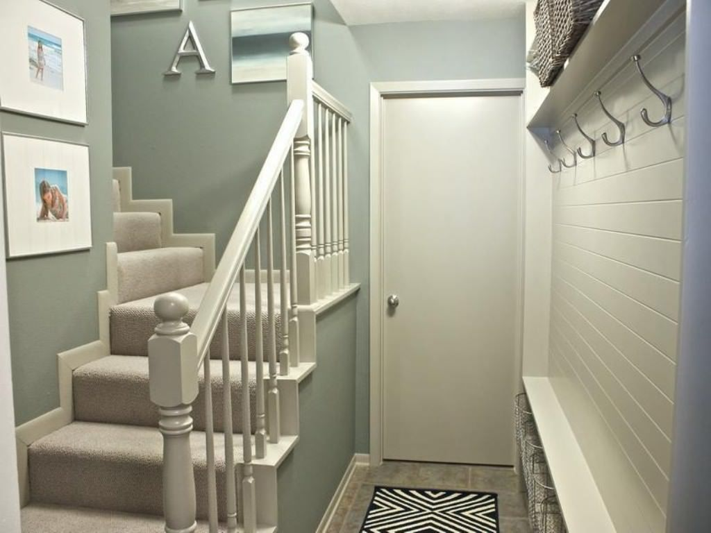 Small Hallway Paint Ideas Small Hallway Decorating On