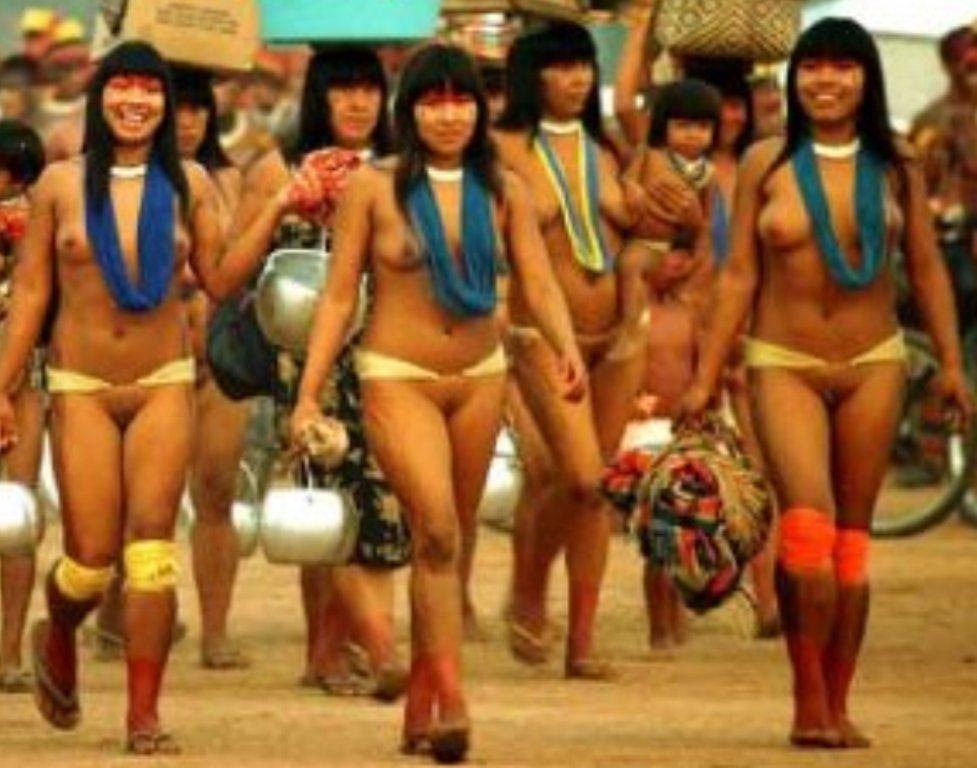 newsreader bikini