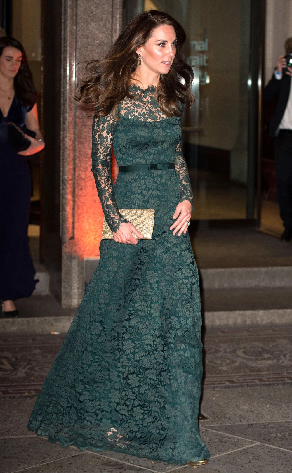 Gorgeous in green! Kate delights in Dolce & Gabbana dress