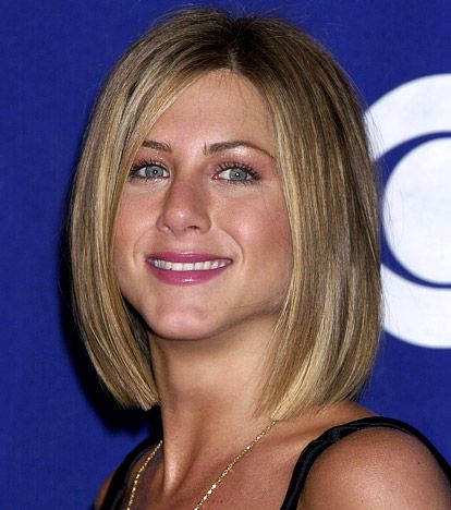 Jennifer Aniston S Hair Evolution Jennifer Aniston Hair Jennifer Aniston Short Hair Jennifer Aniston Hair Color