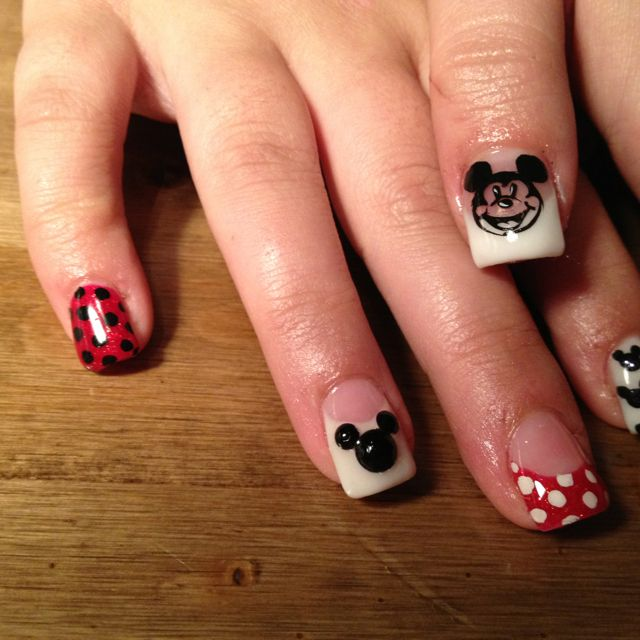 Disney nails I did! Mickey mouse theme #nailsbyalexgp
