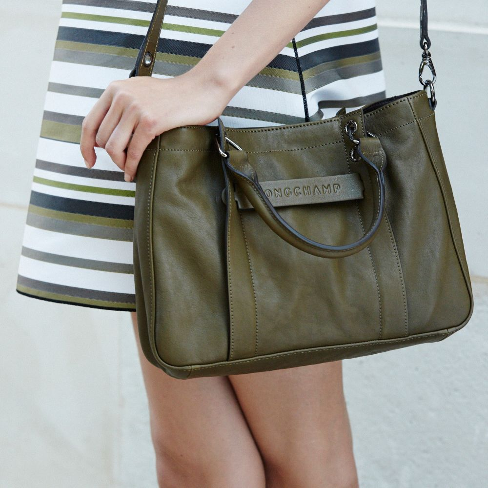 60457017347d Discover the world of Longchamp and the latest collections ...