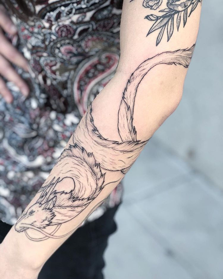 Drawn On Haku Swipe For Views Spiritedaway Studioghibli Haku Spiritedawaytattoo Hakutattoo Art Tattoo Tat Spirited Away Tattoo Tattoos Leg Tattoos