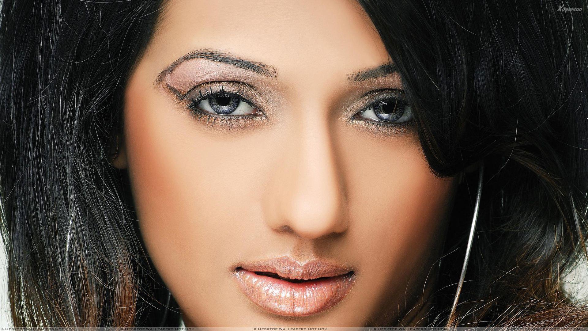 Brinda Parekh Wiki, Biography, Age, Movies, Videos, Photos