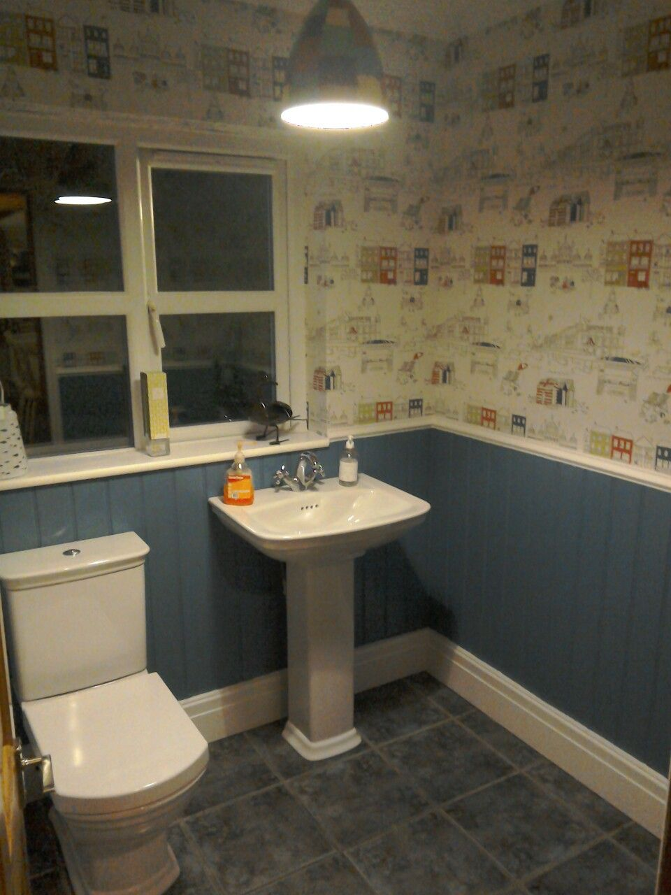 Brighton Wallpaper From B&qjust Need To Fit The Roller Blind At Gorgeous B&q Bathroom Design Design Ideas