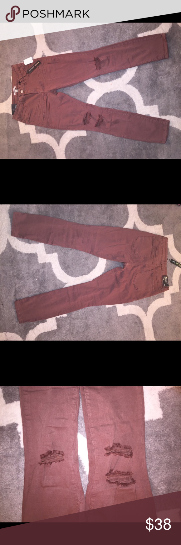 "Destroyed Jeans Size 10 Refuge ""Skin Tight Legging"" Destroyed Jeans Mauve color Stretch fit Charlotte Russe Charlotte Russe Jeans Skinny"
