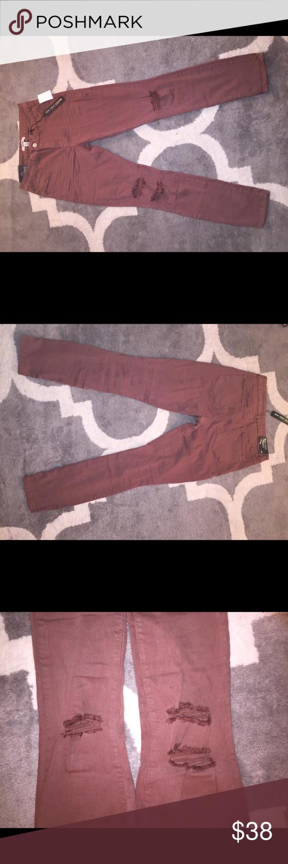 """Destroyed Jeans Size 10 Refuge """"Skin Tight Legging"""" Destroyed Jeans Mauve color Stretch fit Charlotte Russe Charlotte Russe Jeans Skinny"""